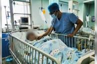 Bé 4 tuổi nhập viện sau khi uống nước mát 'gia truyền' để giải nhiệt, bà nội khóc ròng khi vô ý lại đầu độc cháu mình