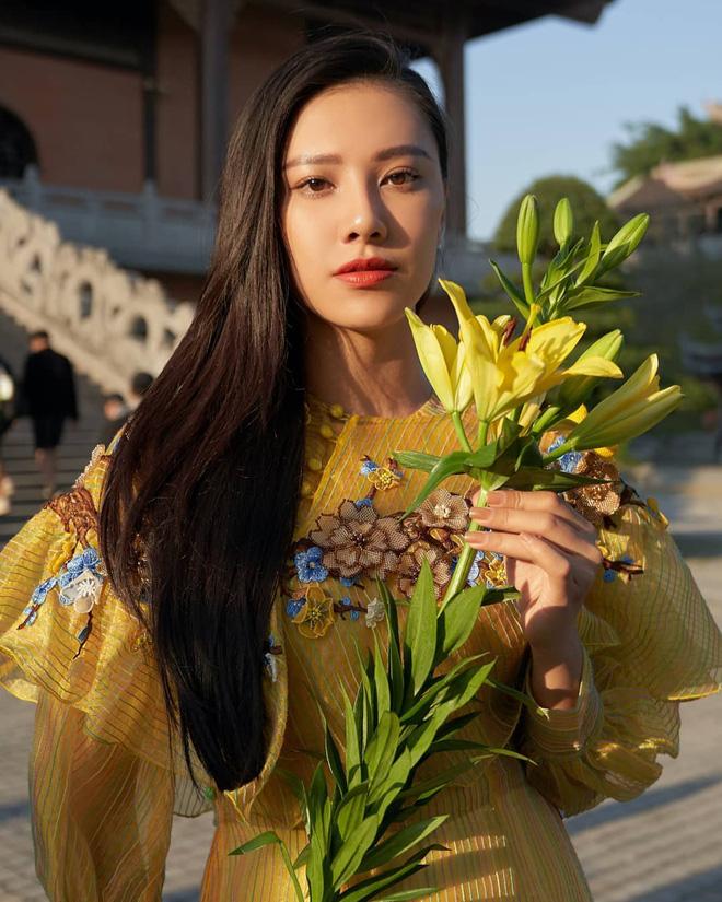 Kim Duyên có nét lẫn gu gắt quá, năm sau thi Miss Universe dễ là sẽ làm nên chuyện-8