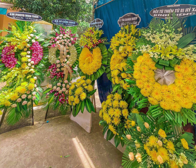 Sao Việt xót xa đến tiễn biệt, người thân tiết lộ ngày tháng cuối đời của NTK Nhật Dũng-4