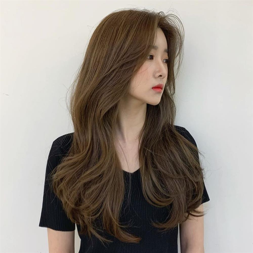 2 kiểu tóc uốn siêu đẹp mà không sợ già và còn chẳng mất nhiều thời gian chăm sóc-16