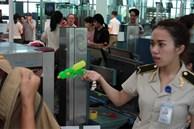 Quy định mới: Đồ vật nguy hiểm cấm khách mang lên máy bay