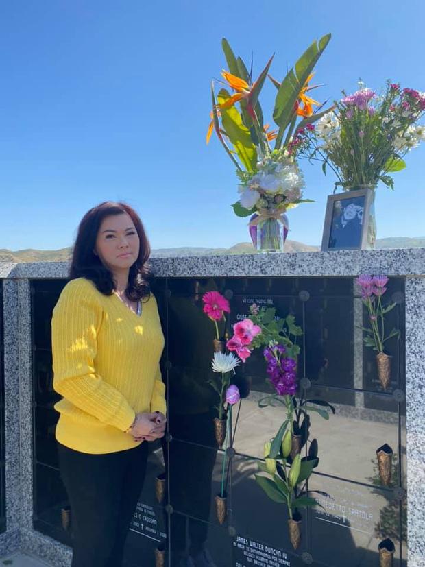 5 tháng sau khi NS Chí Tài qua đời, ca sĩ Phương Loan chia sẻ lại kỷ niệm xưa kèm vỏn vẹn 2 chữ mà xót xa-7