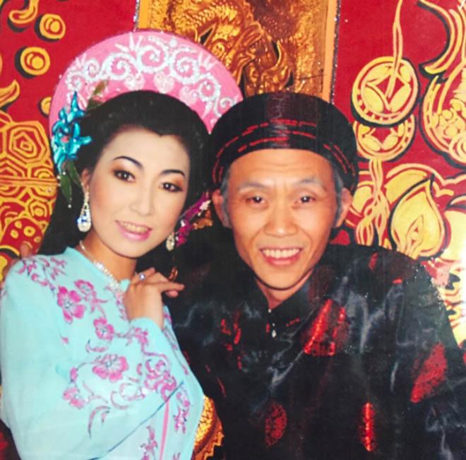 Người nhận là vợ Hoài Linh, đối mặt với bà Phương Hằng thân thiết thế nào với chồng?-8
