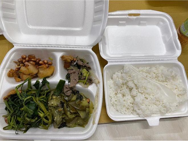 Du học sinh bị chỉ trích vì chê đồ ăn ở khu cách ly không nuốt nổi-6