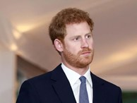 Harry không hề hạnh phúc bên vợ con như lời đã nói, nhà báo Mỹ cầu xin dân Anh 'hãy nhận Hoàng tử về'