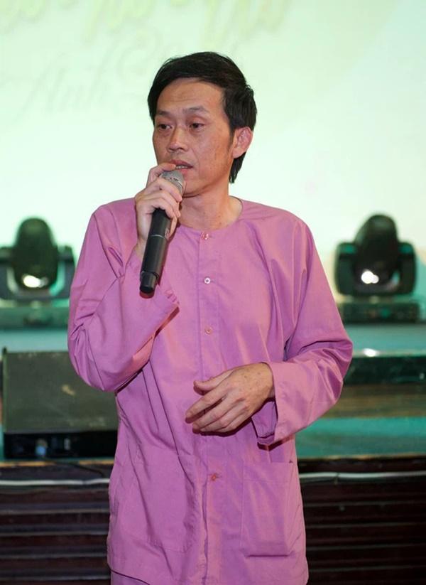 Netizen soi ra clip NS Hoài Linh vẫn đi từ thiện cùng nhãn hàng trong thời gian 6 tháng qua-5