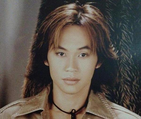 NS Hoài Linh thời trẻ trong mắt bạn bè đồng nghiệp: Ngày xưa cậu ấy đi chơi mỗi đêm, không đi ăn uống thì đi cà phê, vũ trường-3