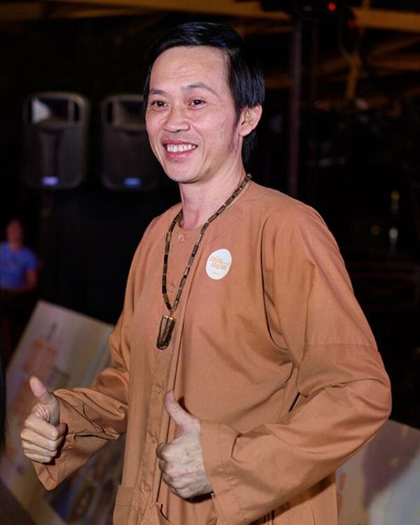 NS Hoài Linh thời trẻ trong mắt bạn bè đồng nghiệp: Ngày xưa cậu ấy đi chơi mỗi đêm, không đi ăn uống thì đi cà phê, vũ trường-8
