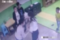 Con trai bị cắn bầm tay vì cách dạy lạ đời của giáo viên, 'mẹ hổ' đến trường đòi công bằng không ngờ đấm gãy xương sườn cô giáo