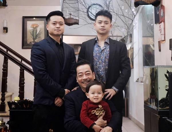 Tròn 100 ngày mất của NSND Hoàng Dũng Người phán xử, con trai tiết lộ hình ảnh gây xúc động-2