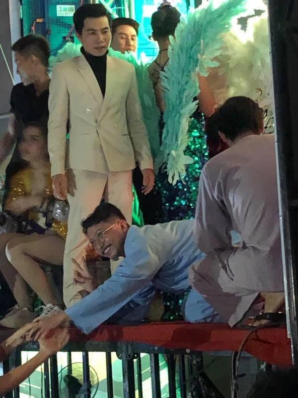Hứa Minh Đạt chính thức lên tiếng sau khi bị ném đá vì clip kém duyên: Nghĩ vậy thì tội nghiệp em lắm. Em có giáo dục đàng hoàng-2