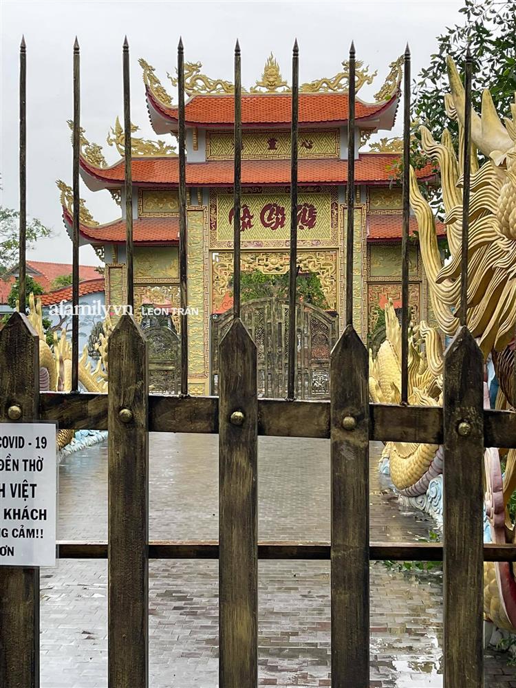 Nhà thờ Tổ cửa đóng then cài im lìm vắng vẻ giữa lùm xùm vụ 14 tỷ từ thiện của Hoài Linh-2