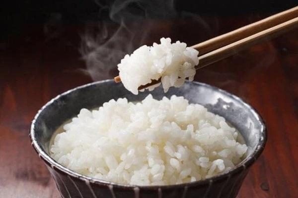 Những người có tuổi thọ ngắn thường có 3 đặc điểm chung sau mỗi lần ăn cơm, nếu bạn không có, xin chúc mừng vì bạn có sức khỏe rất tốt-1