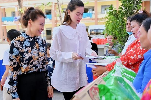 Mẹ Hà Hồ cuối cùng đã nói rõ về chuyện Trấn Thành chuyển 6,45 tỷ tiền cứu trợ miền Trung kèm hình ảnh, thông tin minh bạch-7