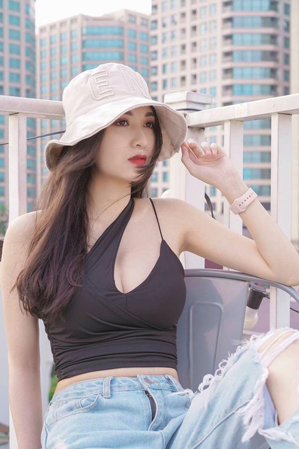 Chỉ đóng vai quần chúng nhưng cô gái này vẫn nổi bật khi đọ sắc Bảo Thanh, Quỳnh Nga trong Về nhà đi con-5