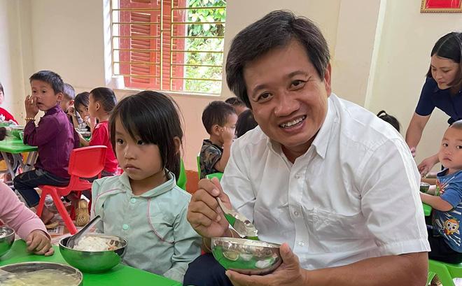 Mong dư luận tha lỗi cho Hoài Linh, ông Đoàn Ngọc Hải bị chất vấn: Ông từng quyết liệt đòi lại 100 triệu tiền từ thiện bị chậm-1