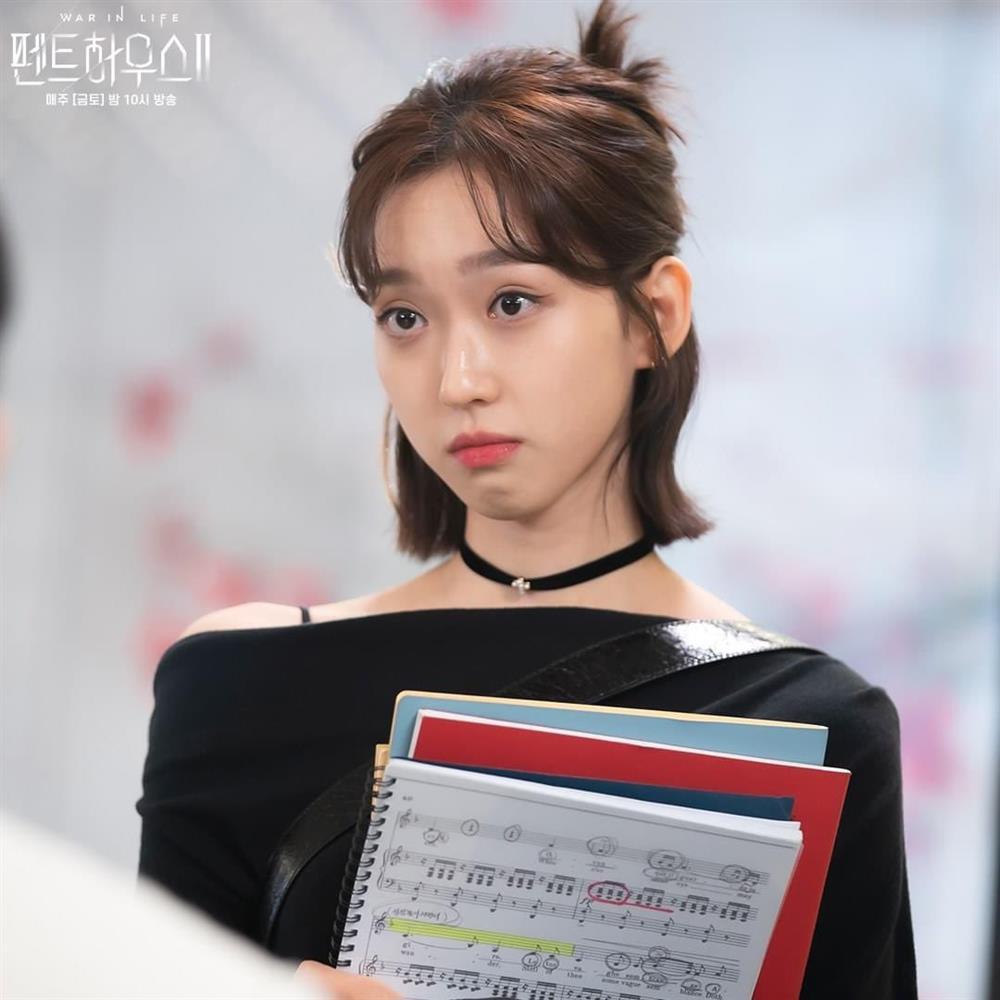 4 kiểu tóc ngắn hot nhất trong phim Hàn nửa đầu năm 2021: Toàn những kiểu giúp sang cả khuôn mặt-2