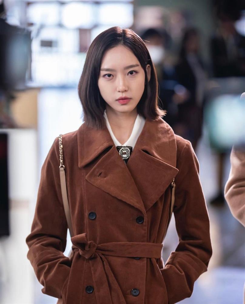 4 kiểu tóc ngắn hot nhất trong phim Hàn nửa đầu năm 2021: Toàn những kiểu giúp sang cả khuôn mặt-4