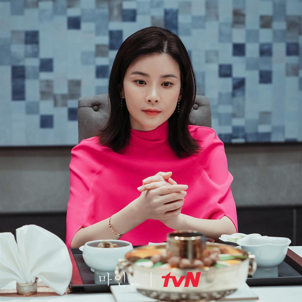 4 kiểu tóc ngắn hot nhất trong phim Hàn nửa đầu năm 2021: Toàn những kiểu giúp sang cả khuôn mặt-11