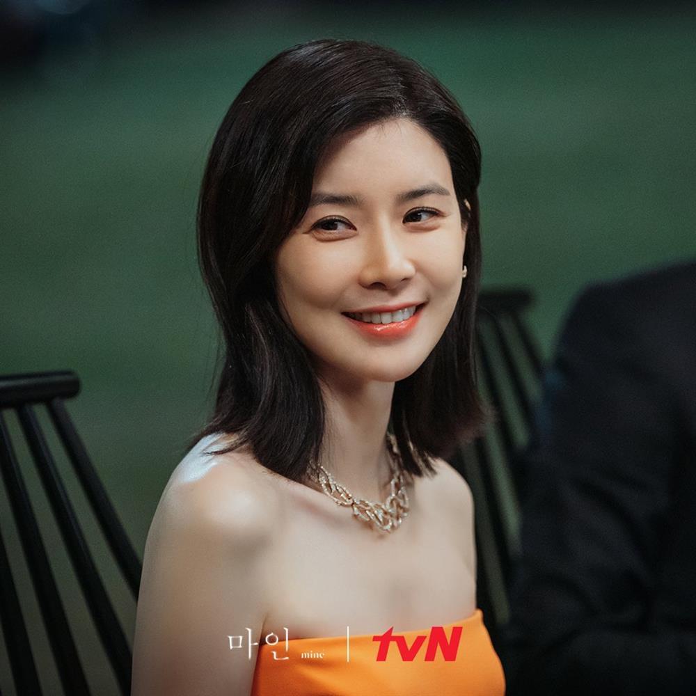 4 kiểu tóc ngắn hot nhất trong phim Hàn nửa đầu năm 2021: Toàn những kiểu giúp sang cả khuôn mặt-12