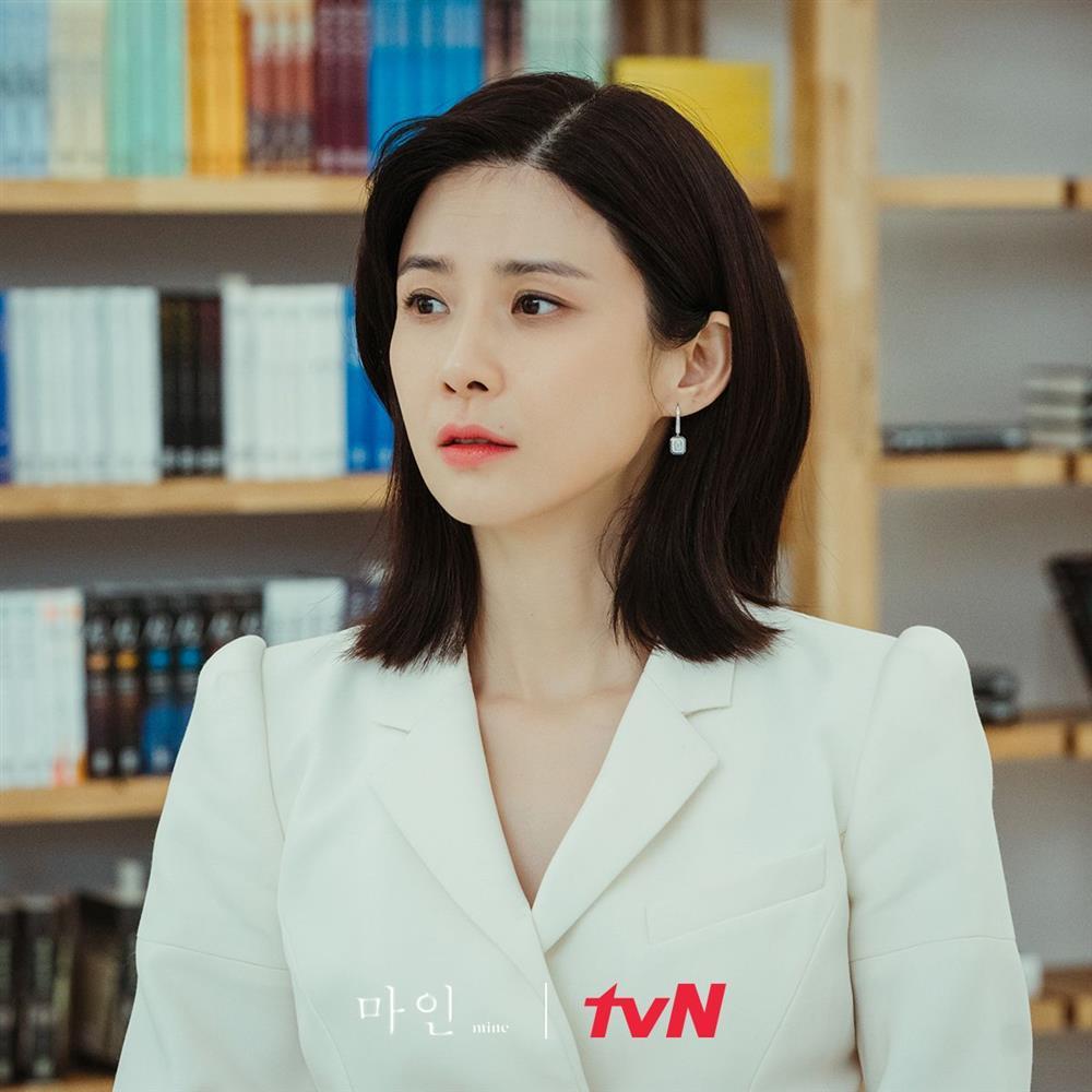 4 kiểu tóc ngắn hot nhất trong phim Hàn nửa đầu năm 2021: Toàn những kiểu giúp sang cả khuôn mặt-9