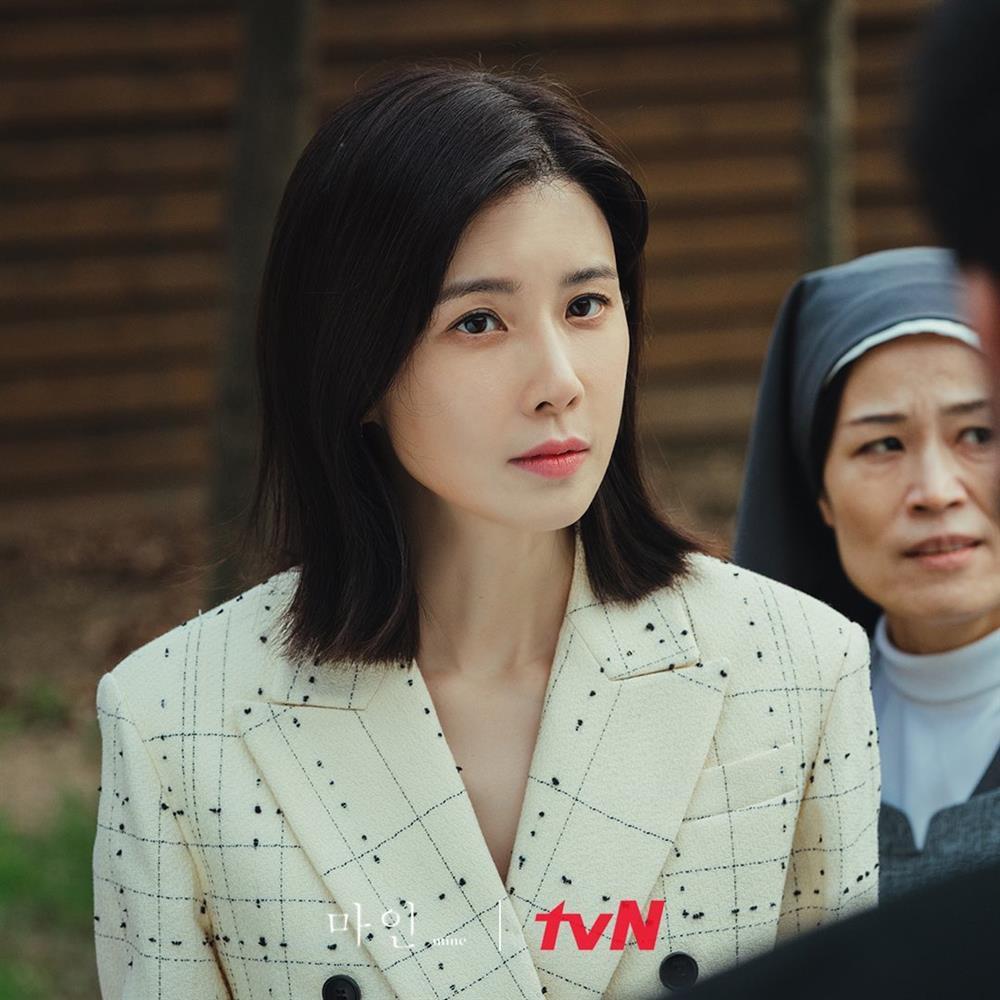 4 kiểu tóc ngắn hot nhất trong phim Hàn nửa đầu năm 2021: Toàn những kiểu giúp sang cả khuôn mặt-10