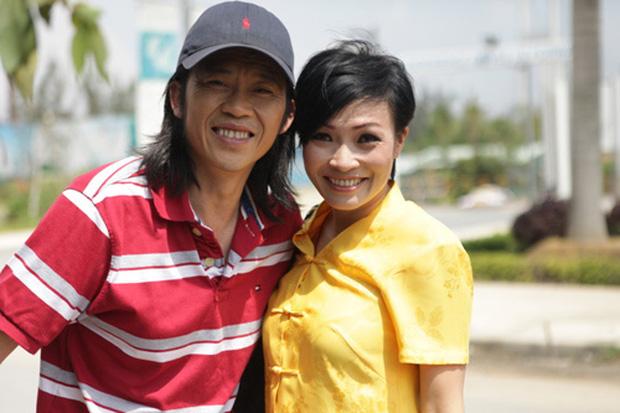"""Livestream thanh lọc"""" showbiz của Phương Thanh: Đừng kéo tôi vào câu chuyện của anh Hoài Linh. Khi người ta ngã, Phương Thanh không đạp-2"""