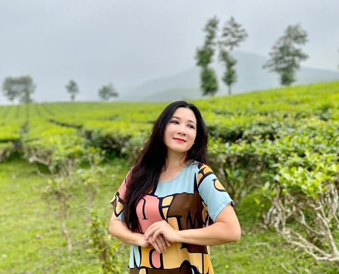 Sau khi ly hôn con trai danh ca Chế Linh, cuộc sống của Thanh Thanh Hiền ở tuổi 52 hiện ra sao?-10