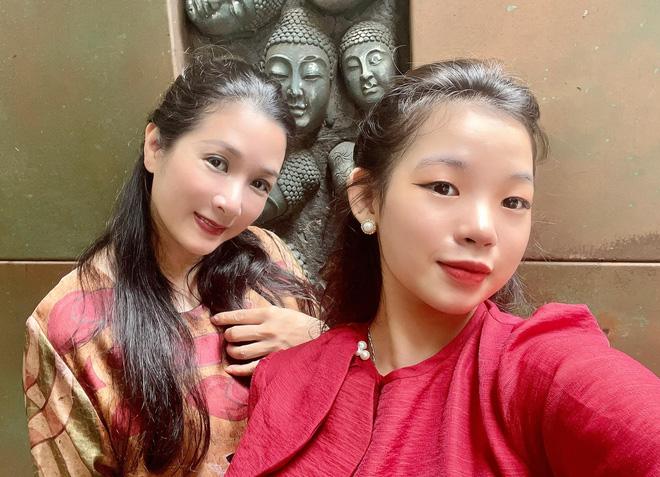 Sau khi ly hôn con trai danh ca Chế Linh, cuộc sống của Thanh Thanh Hiền ở tuổi 52 hiện ra sao?-7