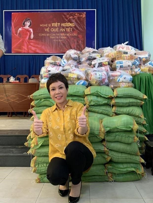 Việt Hương: Biệt thự to đẹp không ở, hột xoàn mua nhiều nhưng không đeo và quan điểm làm từ thiện-8