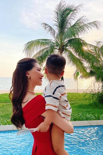 Hòa Minzy chia sẻ lý do sinh con nhưng chưa tổ chức cưới-1