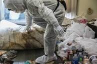Bỏ mặc... thi thể cha mẹ trong nhà suốt 3 tháng, người đàn ông tiết lộ lý do khiến ai nấy bất ngờ