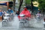 Miền Bắc sắp đón những trận mưa lớn kèm dông lốc, 'thổi bay' nắng nóng gay gắt 40 độ C
