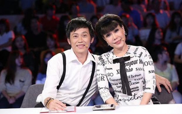 Vì sao Hoài Linh - Việt Hương phải hạn chế đồng hành với nhau trong các gameshow?-1