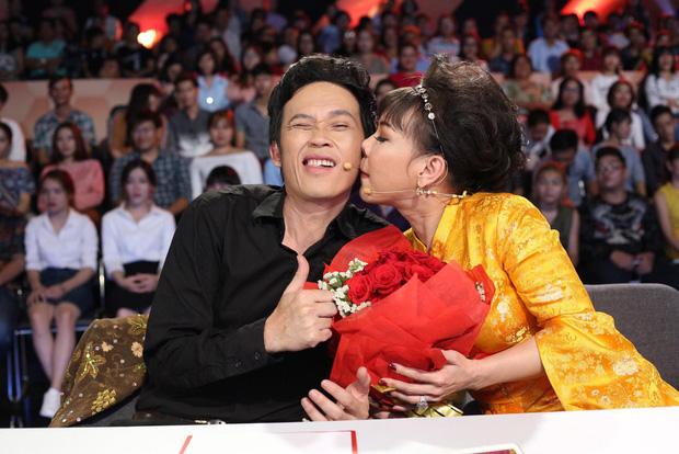 Vì sao Hoài Linh - Việt Hương phải hạn chế đồng hành với nhau trong các gameshow?-3