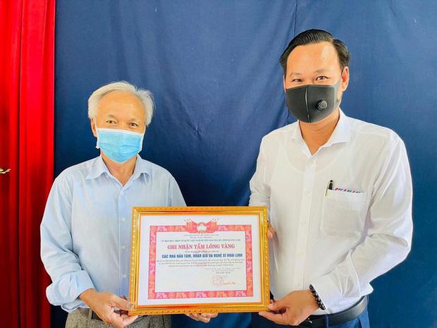 NS Hoài Linh cuối cùng đã giải ngân xong 15,2 tỷ, kết thúc chuyến từ thiện cứu trợ miền Trung bão lũ giữa mùa hè-1