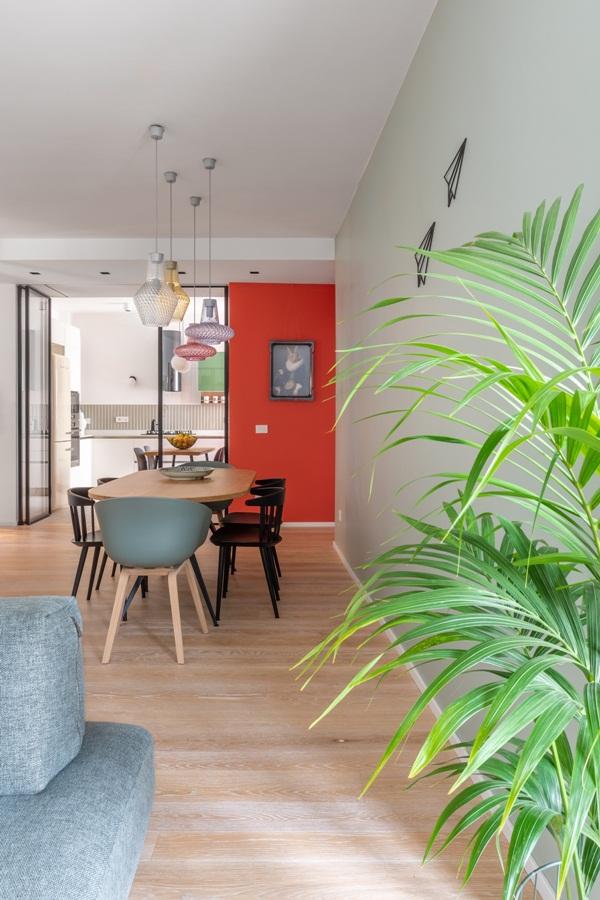Trang trí nội thất cho gia đình thêm sống động với màu sắc tươi sáng, nhìn tưởng rối mắt mà vẫn sang trọng và cao cấp-5