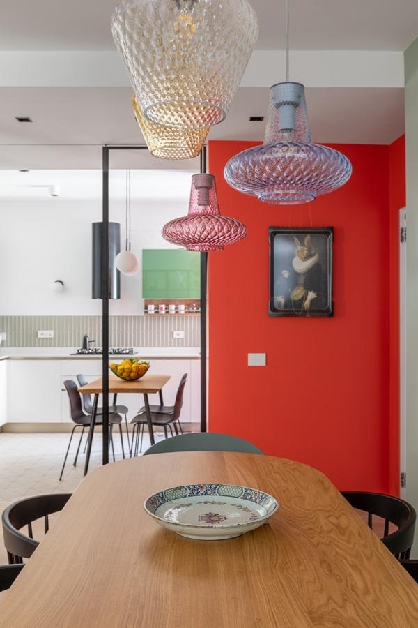 Trang trí nội thất cho gia đình thêm sống động với màu sắc tươi sáng, nhìn tưởng rối mắt mà vẫn sang trọng và cao cấp-7