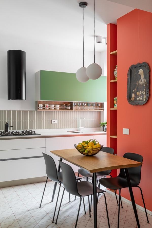 Trang trí nội thất cho gia đình thêm sống động với màu sắc tươi sáng, nhìn tưởng rối mắt mà vẫn sang trọng và cao cấp-14