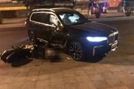Ô tô BMW X7 đi lùi tông tử vong nam thanh niên chạy xe máy