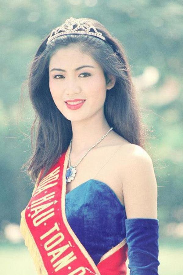 Nuối tiếc khi nhìn lại nhan sắc rực rỡ của Nguyễn Thu Thủy lúc đăng quang Hoa hậu Việt Nam năm 18 tuổi-2