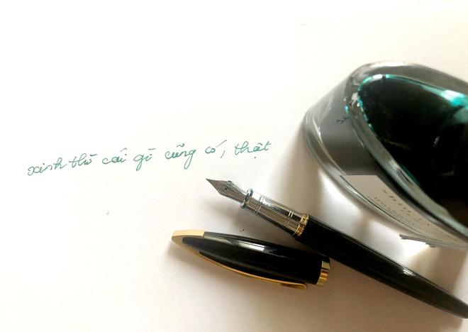 Cuộc sống đời thường của HHNguyễn Thu Thuỷ: Dậy sớm, chạy bộ thường xuyên, thích viết lách và cực đảm đang-9