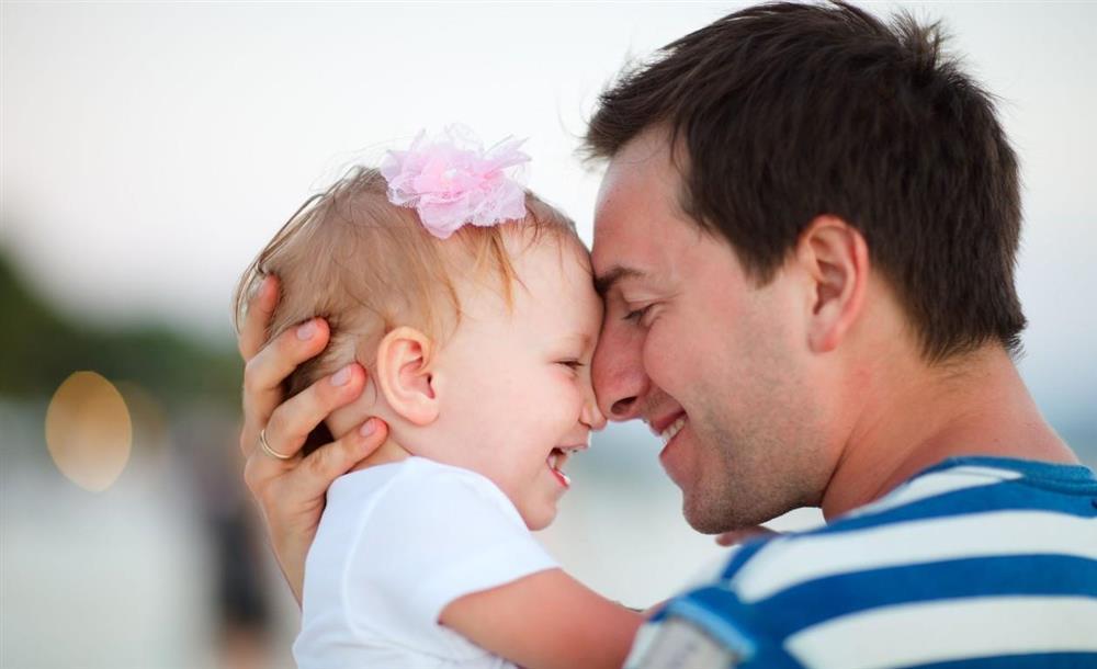 Đứa trẻ sinh ra giống con lai, người bố bí mật làm 3 xét nghiệm nhưng vẫn cho một kết quả là cha con, người vợ cuối cùng đành nói ra sự thật-2