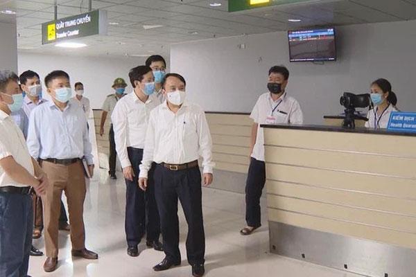 2 ca dương tính SARS-CoV-2 ở Hà Tĩnh không khai báo y tế khi xuống sân bay-1