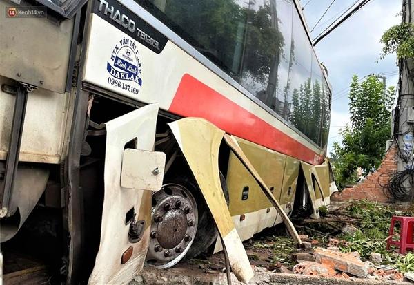 Nhân chứng bàng hoàng kể lại giây phút ô tô tải gây tai nạn liên hoàn khiến ít nhất 7 người thương vong-8