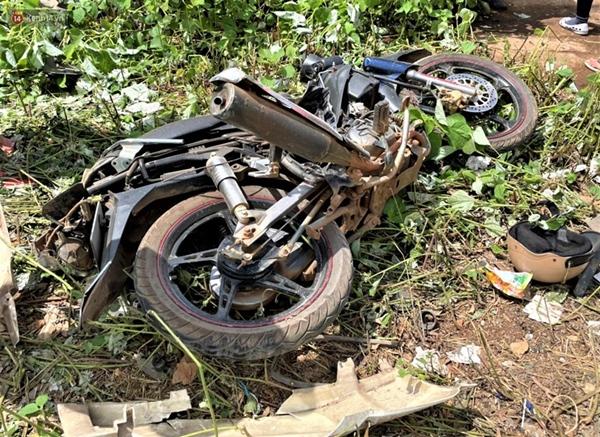 Nhân chứng bàng hoàng kể lại giây phút ô tô tải gây tai nạn liên hoàn khiến ít nhất 7 người thương vong-9