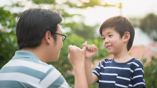 Bố mẹ thoáng đến mấy cũng phải ép con làm 3 việc này từ nhỏ, nếu thành công con bạn sẽ có cuộc sống vạn người mong-2