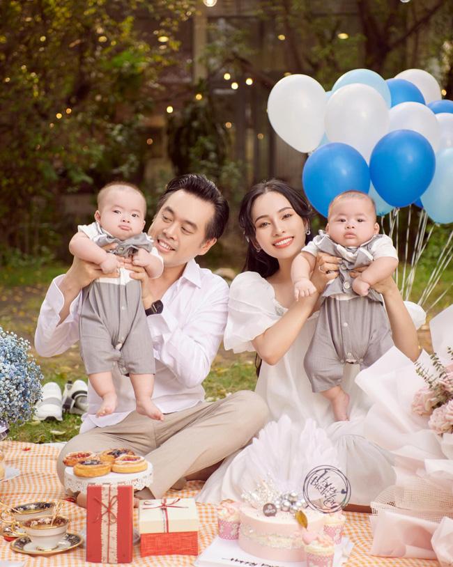 Được bác sĩ chọn ngày yêu giúp, vợ chồng nhạc sĩ Dương Khắc Linh chỉ việc làm theo, đậu luôn thai đôi-1