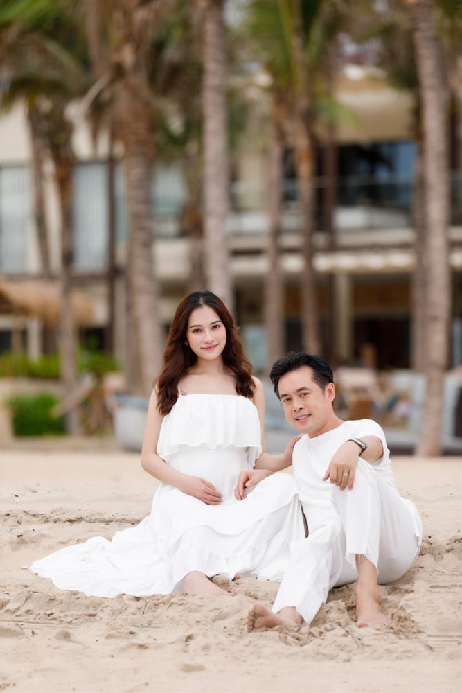 Được bác sĩ chọn ngày yêu giúp, vợ chồng nhạc sĩ Dương Khắc Linh chỉ việc làm theo, đậu luôn thai đôi-7