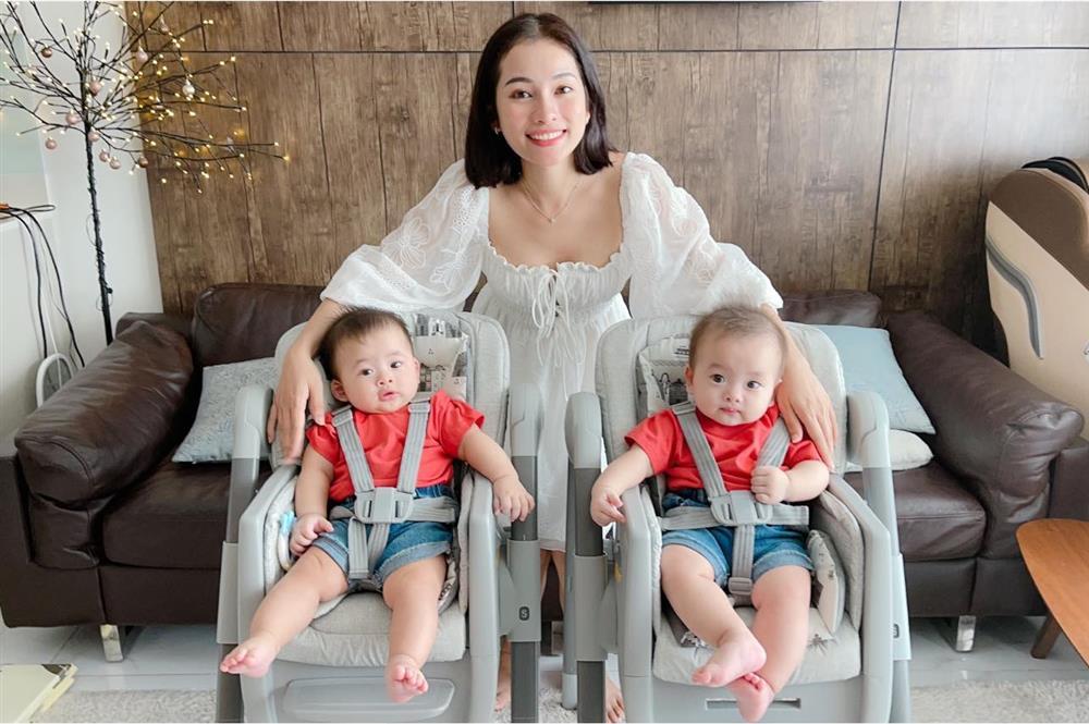 Được bác sĩ chọn ngày yêu giúp, vợ chồng nhạc sĩ Dương Khắc Linh chỉ việc làm theo, đậu luôn thai đôi-11